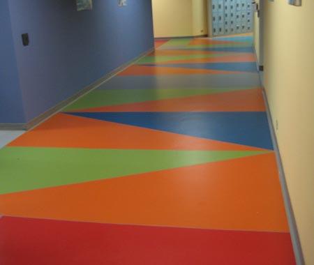 Pisos vinilicos resistentes y duraderos for Pintura para pisos colores