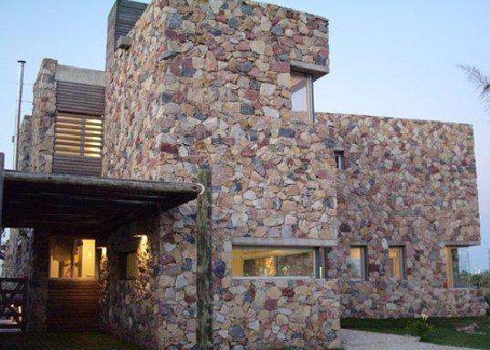 Fachadas de piedra artificial, belleza duradera