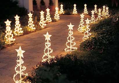 Decoraci n de exteriores para navidad c mo decorar el jard n - Decoracion navidad exterior ...