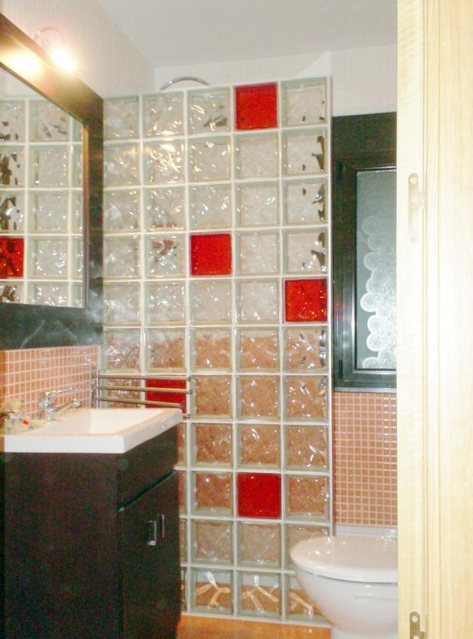 El revestimiento ideal para su cuarto de ba o - Revestimientos para duchas ...
