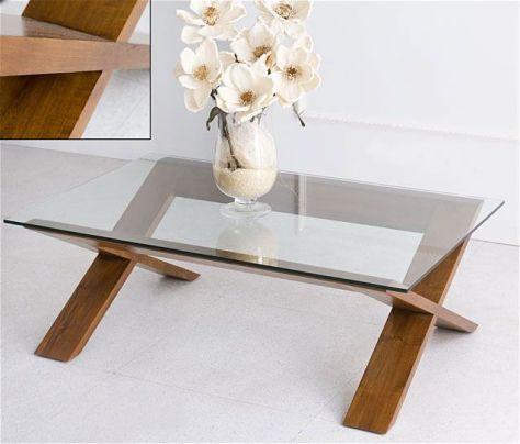 decorar una mesa de centro con elementos blancos
