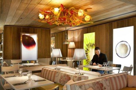Restaurante Le Paradis du Fruit, diseñado por Philippe Starck.