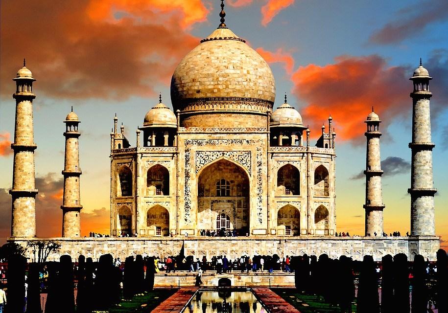 Taj Mahal: la joya arquitectónica del amor y la hegemonía mongola.
