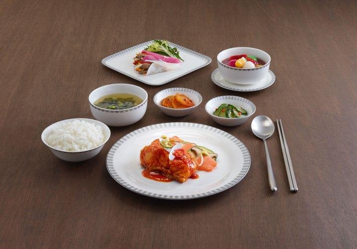Business Class food Narumi