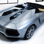 Lamborghini Aventador LP700-4 Roadster with engine visable