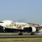 The Air New Zealand Hobbit Boeing 777 landing