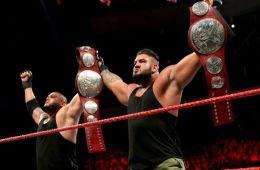 Authors of Pain retienen los campeonatos por parejas de RAW en WWE RAW