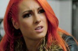 Becky Lynch comenta sobre la participación de Charlotte en su mismo combate en SummerSlam
