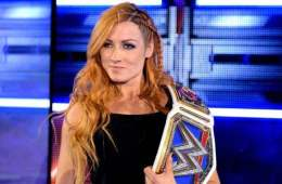 Becky Lynch comenta sobre los superstars LGBT en el wrestling