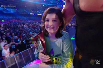 Braun Strowman hace campeón tag team de RAW a un niño en Wrestlemania 34 Braun Strowman y Nicholas dejan vacante el RAW Tag Team Championship