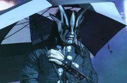 Jeff Hardy juega con la posibilidad de que Brother Nero o Willow aparezcan en Hell in a Cell