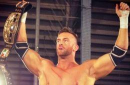 Nick Aldis y WWE