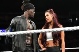 Planes para R-Truth y Carmella tras ganar el WWE Mixed match challenge