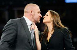 Stephanie McMahon comenta sobre como Triple H ayudó a comenzar la Women's Evolution