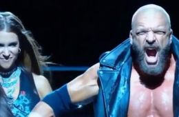 Triple H estará en Chile