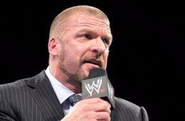 Triple H estará en el equipo RAW