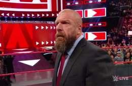 Triple H regresa a WWE RAW