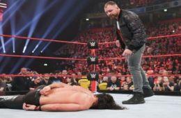 Dean Ambrose critica a Seth Rollins por su derrota en RAW