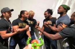 The Young Bucks y Kenny Omega