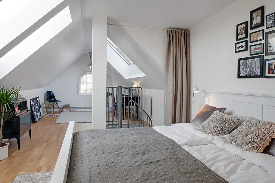 une chambre dans les combles planete deco a homes world. Black Bedroom Furniture Sets. Home Design Ideas
