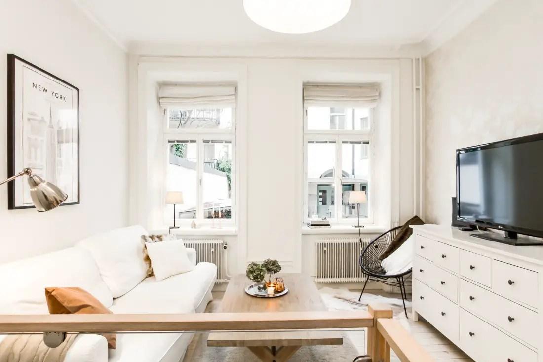 les petites surfaces du jour une chambre en souplex planete deco a homes world. Black Bedroom Furniture Sets. Home Design Ideas