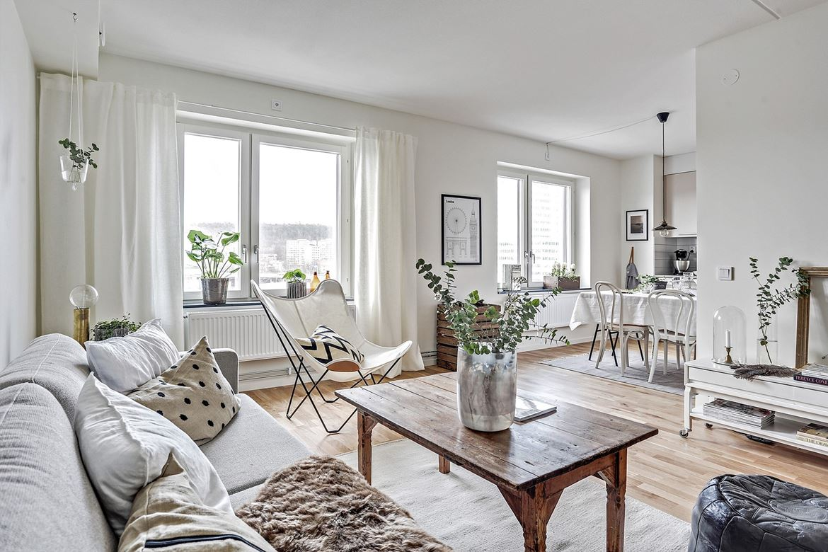 ... Sweetness Of Country Chic Spirit. This One Bedroom Apartment Is The  Proof That By Choosing Rustic Lines Furniture, And Wood Mixed With White,  ...
