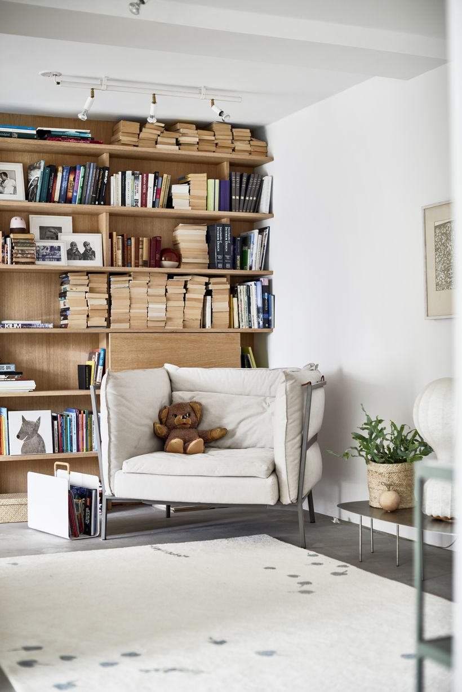 Une maison rénovée simple et moderne - PLANETE DECO a homes ...