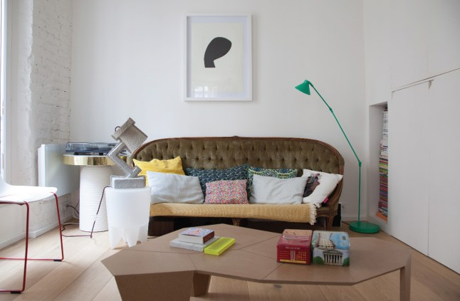 Le petit appartement parisien de deux architectes