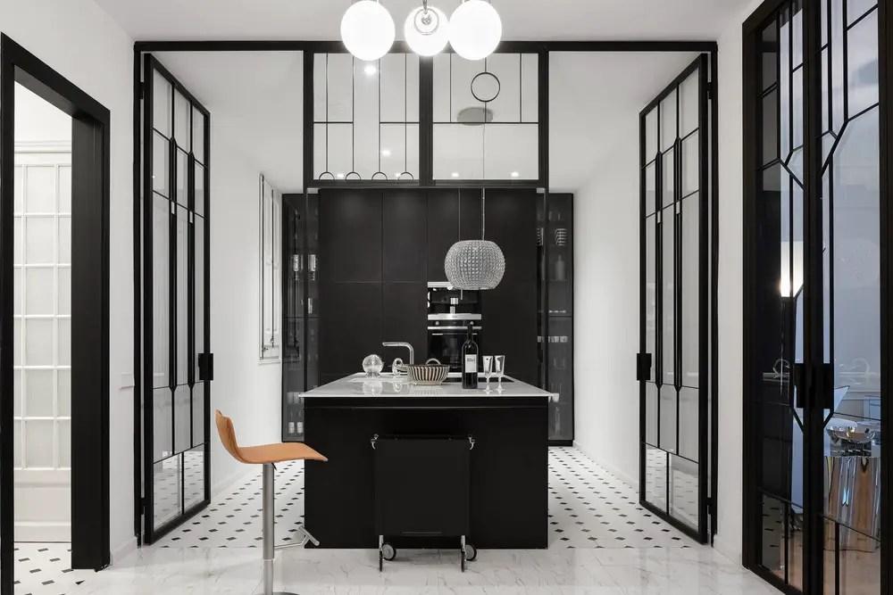 Des portes et cloisons en verre pour un appartement