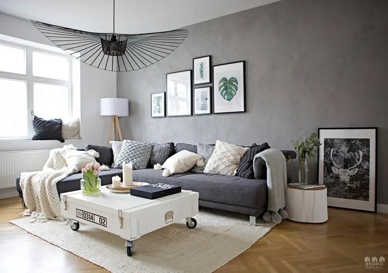 La rénovation en gris d'une maison ancienne par Shoko Design