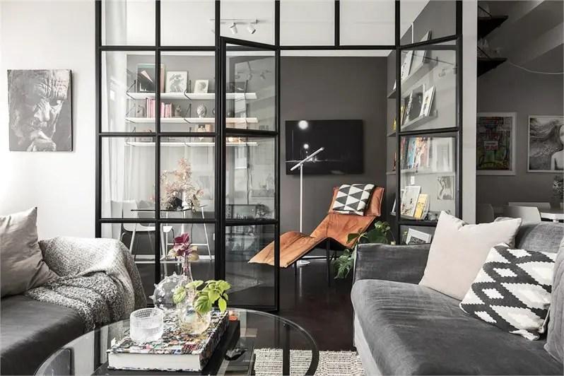 Créer un coin bureau isolé dans le salon