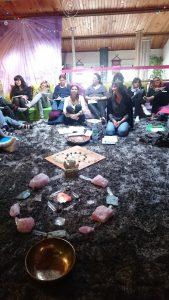 Les Ateliers sur les Chakras permettent d'obtenir des éléments quantiques précieux en complément à la pratique du Reiki