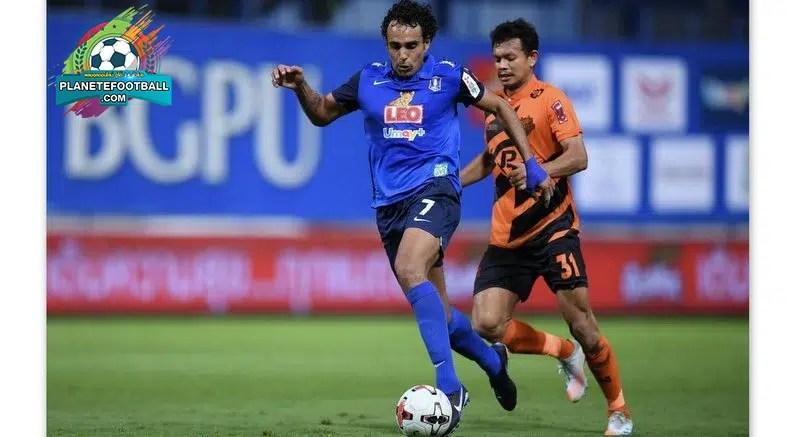 ฟุตบอล การแข่งขันไทยลีก 1 ทั้งหมดที่กำหนดไว้สำหรับเดือนนี้ถูกเลื่อนออกไปเนื่องจากการแพร่ระบาดของโควิด -19 สมาคมฟุตบอลแห่งประเทศไทย FAT ประกาศเมื่อวานนี้ 4 ม.ค.