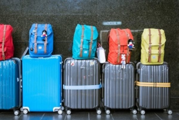 voyager-avec-ses-enfants-valises