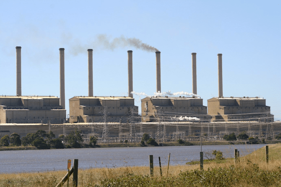 The Hazelwood Power Station in Victoria, Australia. In 2005 it was ranked by the WWF as the least carbon efficient power station in the OECD. In 2009, it was reopened as a carbon capture and storage demonstration plant. (Image Source: Creative Commons)