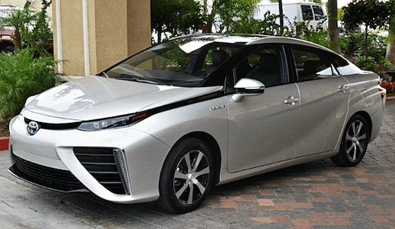 The Toyota Mirai, a four-door family sedan, made its Japanese debut last year. It is one of the first commercially-available hydrogen fuel cell vehicles in the world. (Image Source: Creative Commons)