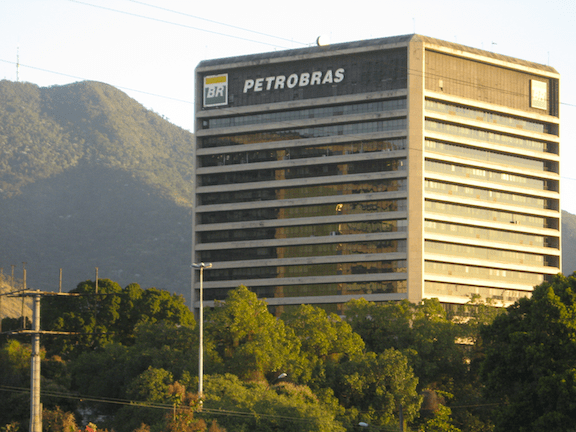 Petrobras building located in Tijuca, north of Rio de Janeiro. (Image: Junius / WikiMedia Commons)