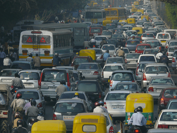 A traffic jam in Delhi. (Image Credit: NOMAD / Flickr)