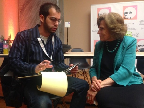 The author talking to Dr. Sylvia Earle. (Photo Credit: Ariane Sims)