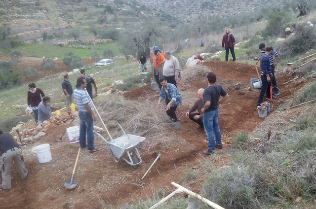 During the practical training on water retention landscaping (Photo Credit: Saad Dagher)