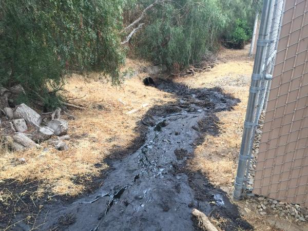 The recent oil spill in Ventura County, CA. (Photo Credit: Ventura County Fire Department)