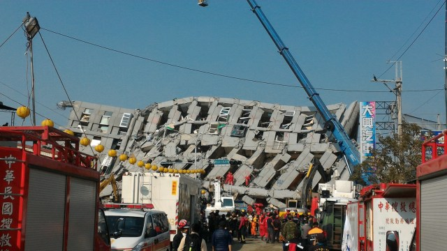 Taiwan has also been hit by disaster this year. In February, a 6.4 earthquake struck northeast of Pingtung City in southern Taiwan. Pictured: The collapsed 17-story Weiguan Jinlong residential building in Yongkang District, Tainan. (Photo Credit: ScouT7 via WikiMedia Commons)