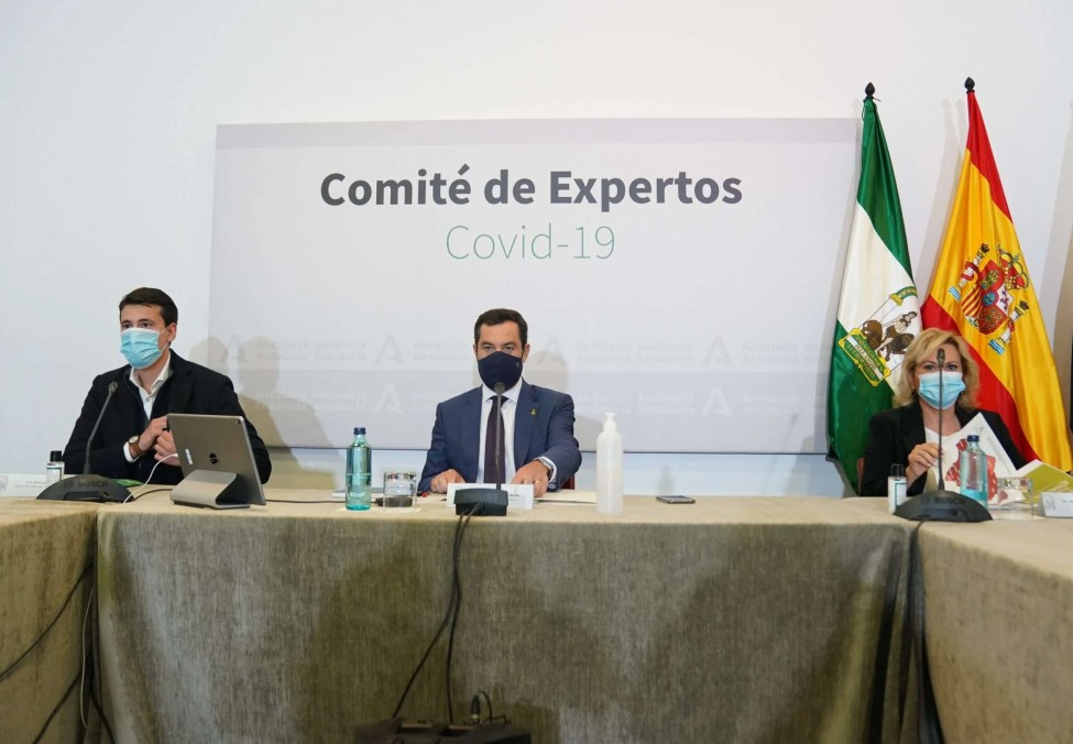 Juanma Moreno at today's Press briefing