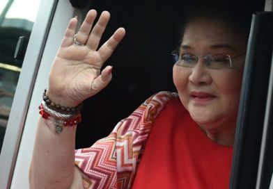 Philippine graft court hands family of former dictator another win