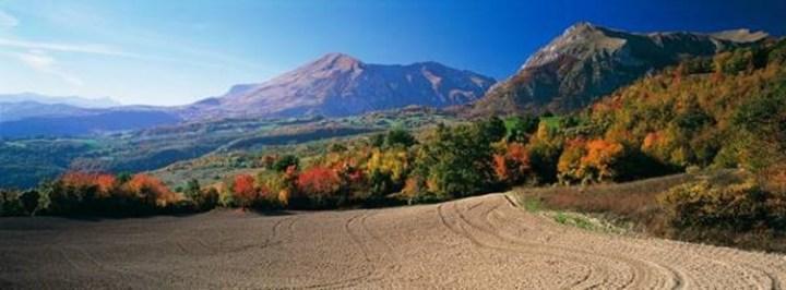 Sibillini in autunno (fonte www.vacanzesibillini.it)
