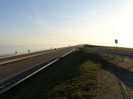 16-diga-afsluitdijk