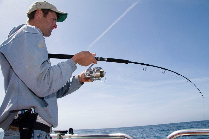 Sea Angling for Beginners - Fixed Spool Reels on rod