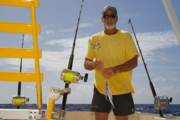 Antigua Fishing skipper rigging baits