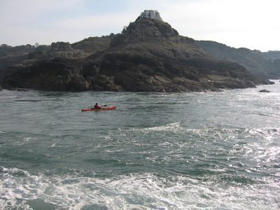 LRF HRF kayak fishing in Jersey tidal stream