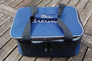 Sakuma Cooler Bag zipped closed